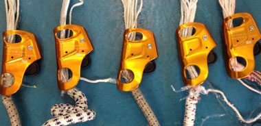 how to use a petzl croll